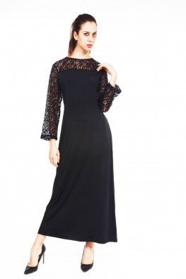 9teenAGAIN Black maxi dress