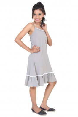 9TEENAGAIN GREY CREPE  SPAGHETTI  SHORT NIGHT DRESS