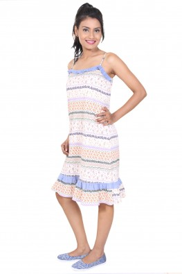 9TEENAGAIN FLORAL PRINTED SPAGHETTI NIGHT DRESS