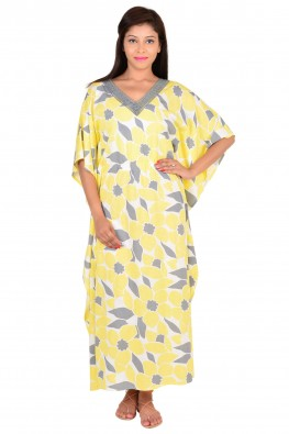Kaftan style nighty with lace detailings